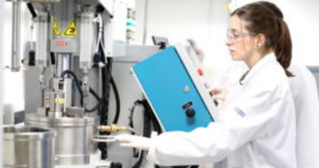 University of Warwick unveils all-new battery research facility