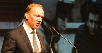 McLaren CEO Mike Flewitt calls for UK to become leader in lightweight materials