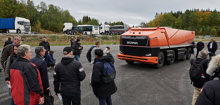 Scania AXL cabless autonomous truck