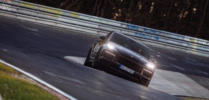 Porsche Performance Cayenne completes record Nürburgring Nordschleife lap