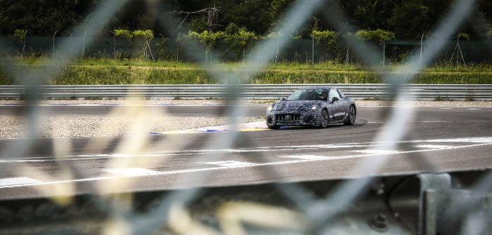 A glimpse of the first Maserati GranTurismo prototype